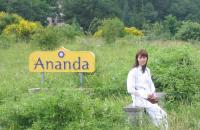 visit-with-swami-ananda-assisi-june-2010-036-2.jpg