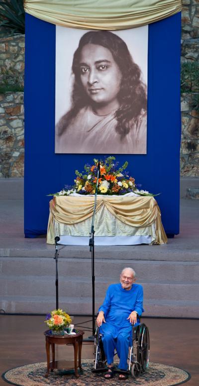 swami-and-master-sm.jpg