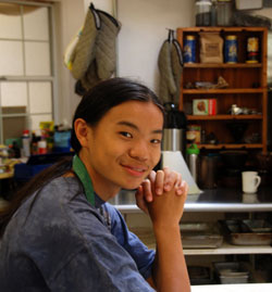 Parkle-Lee-smiling-in-the-kitchen